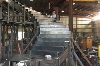 Stairs Rails_0003_IMG_1010